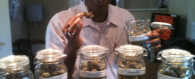 Photo taken at Mile High Wellness Center The Cannasseur by Matthew M. on 6/21/2011