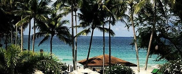 Photo taken at Le Meridien Beach Resort by thicharat c. on 10/8/2012