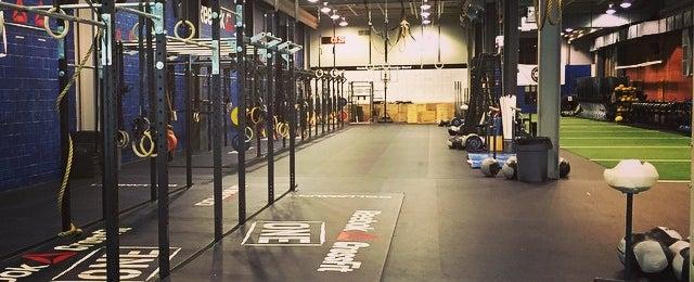 Photo taken at Reebok CrossFit One Gym by Joshua R. on 3/15/2015
