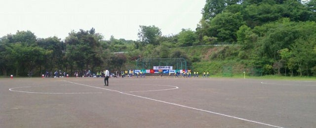 Photo taken at 厚木総合グラウンド by 園宇右衛門 十. on 5/12/2012