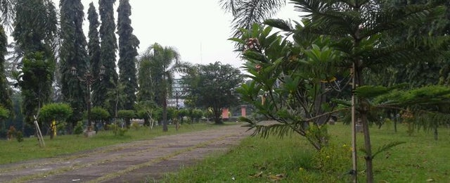 Photo taken at Taman Diponegoro by Electric A. on 3/11/2012