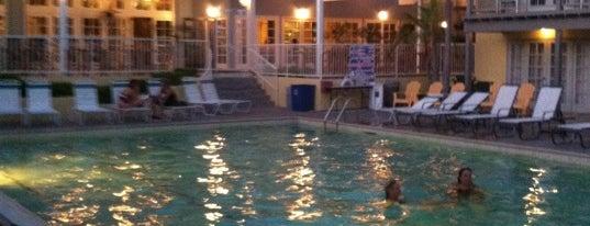 The Lafayette Hotel, Swim Club & Bungalows is one of Ta-Done.