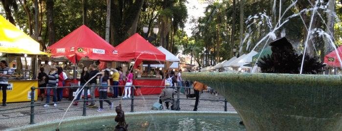 Feira da Praça Osório is one of Curitiba Old School.