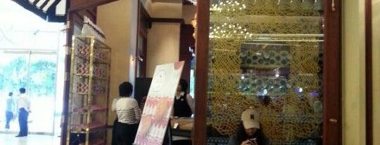 Vanilla Brasserie (วานิลลา บราสเซรี) is one of Coffeelover ♪(´ε` ).