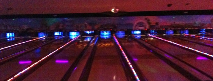 Pinz Bowling Center is one of Places I Haunt!.