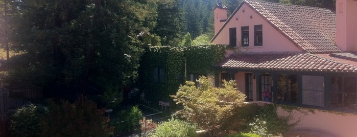 Applewood Inn, Restaurant and Spa is one of Wine Road Picnicking- al Fresco Perfetto!.