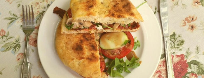 Pia's Trattoria Pasta & Panini Cafe is one of Tampa Bay Date Nights.