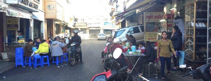 Sữa Đậu Nành Hoa Sữa is one of Đà Lạt.