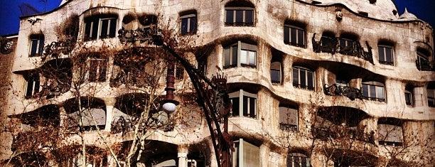 La Pedrera (Casa Milà) is one of Museus i monuments de Barcelona (gratis, o quasi).