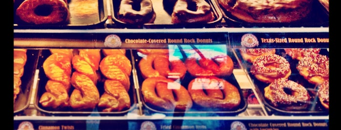 Round Rock Donuts is one of Austin Breakfast & Brunch.