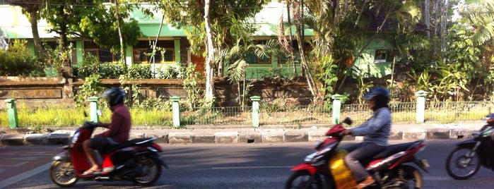 Jalan Gunung Agung is one of Bali's Road.