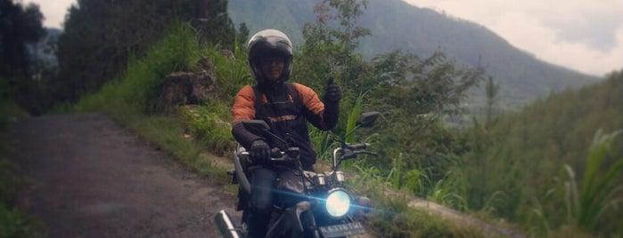 Gunung Telomoyo is one of Must-visit Great Place in Ambarawa-Salatiga.