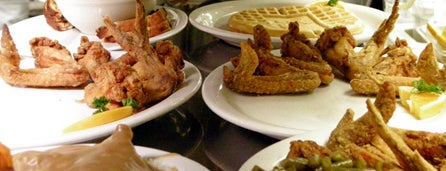 Gladys Knight's Signature Chicken & Waffles is one of Man v Food Nation.