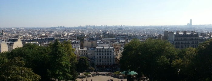 Montmartre is one of Places I've been before 4square.