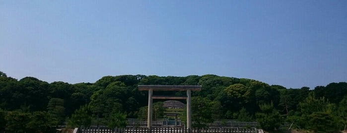 明治天皇 伏見桃山陵 is one of 歴史(明治~).