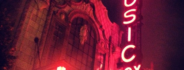 Music Box Theatre is one of Top 10 Most Popular Indie Movie Theaters.