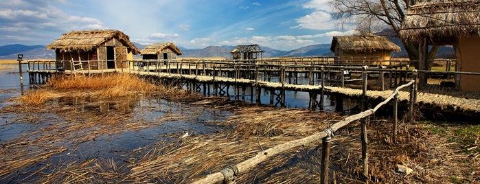 Καστοριά (Kastoria) is one of Visit Greece's tips.