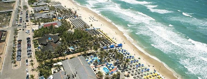 Praia do Futuro is one of Guia de Fortaleza!.