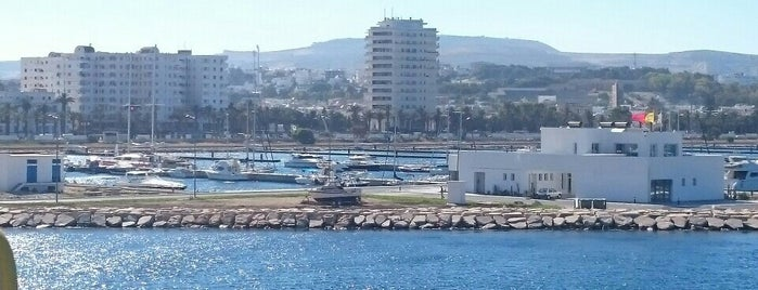 Marina de Bizerte is one of plages.