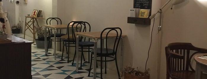 The October Press is one of los mejores sitios para comer en Alicante.