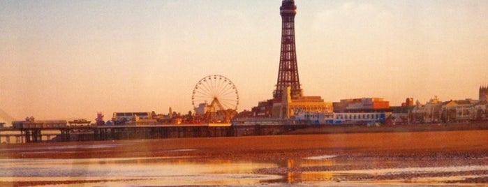 Blackpool Tower is one of COSAS DE NIÑOS.