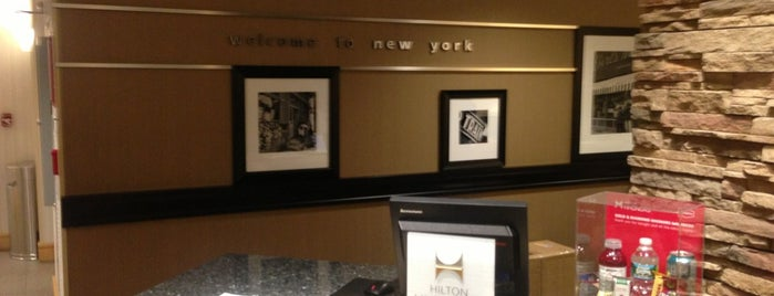 Hampton Inn Manhattan-35th St/Empire State Bldg is one of 호텔.
