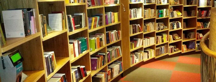 Livraria Cultura is one of Meus cariocas favoritos.