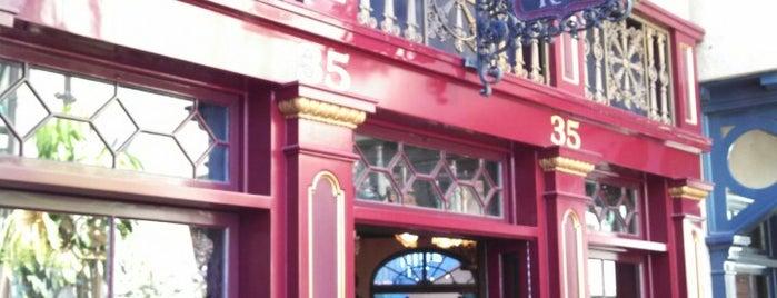 Le Bat En Rouge is one of Disneyland Shops.