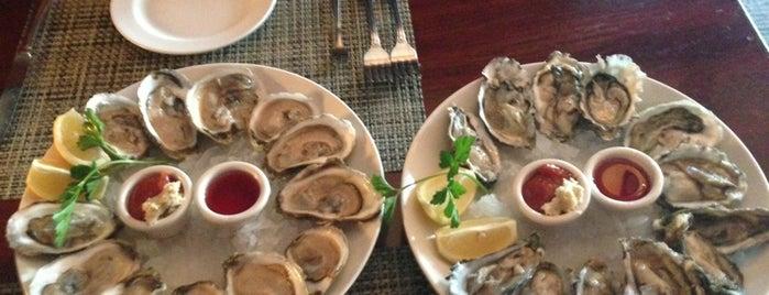 McCormick & Schmick's Seafood Restaurant is one of McCormick & Schmick's.