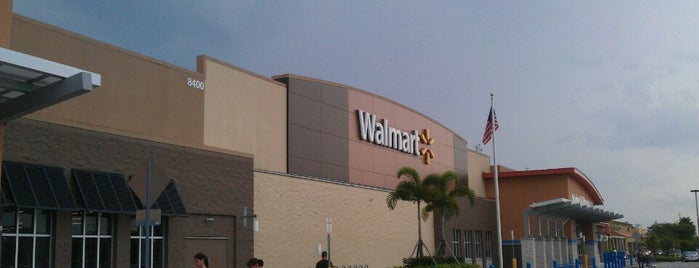 Walmart Supercenter is one of Regulars.