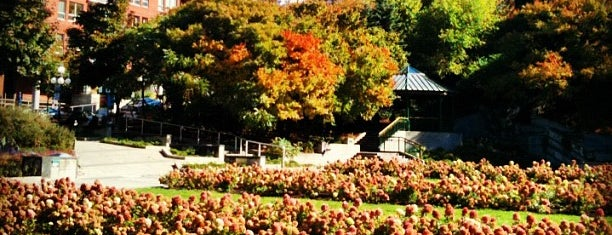 Jardin St-Roch is one of Must-visit Great Outdoors in Québec.