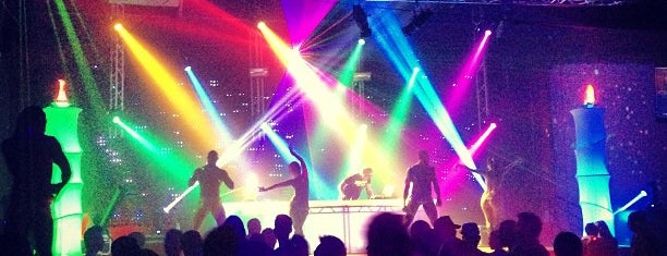 Circus Disco is one of I'm in L.A. you trick!.