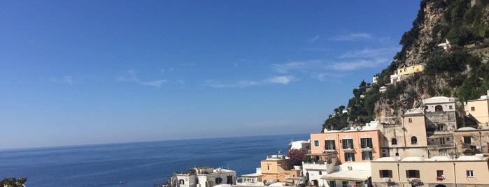 La Sponda is one of Honeymoon in Amalfi Coast.