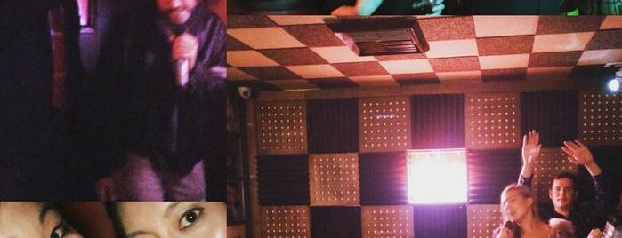 Break Room 86 is one of los angeles.