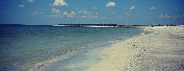 Fort Desoto Beach is one of Favorite Tampa Bay Area Places.