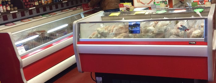10th & M Seafoods is one of Anchorage Fish Markets - Best Places to Buy Fish.