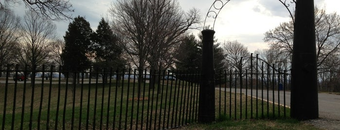 Jefferson Barracks County Park is one of Places I End Up Frequently.