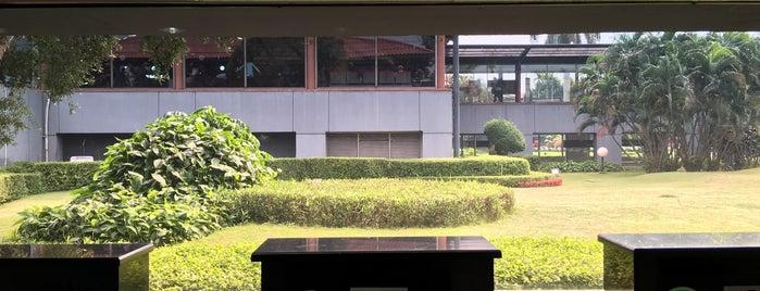 Gate D5 is one of Soekarno Hatta International Airport (CGK).