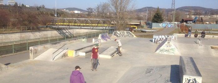 Skate Plaza Beroun is one of Brusle.