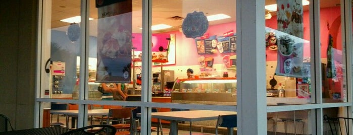 Baskin-Robbins is one of Free Birthday Stuff!.