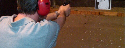Handgun Escola e Clube de Tiro is one of Favorites.