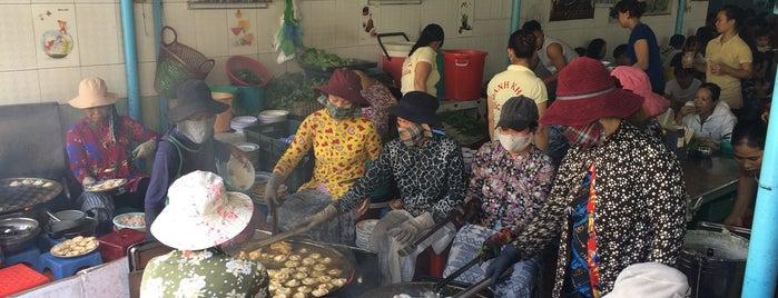 Bánh Khọt Gốc Vú Sữa is one of Quán xá.