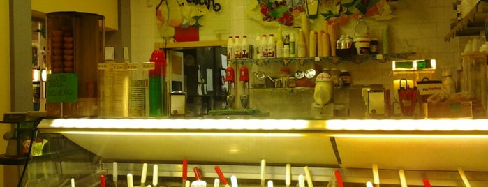 Gelateria L'Indiano is one of Top Bar.