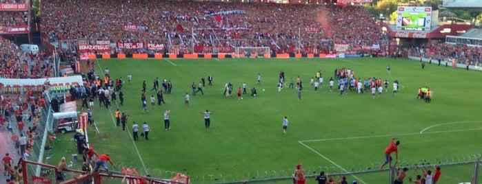 Estadio Libertadores de América (Independiente) is one of Equipos de 1ra División.