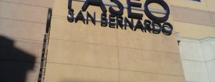 Mall Paseo San Bernardo is one of Shopping en Stgo..