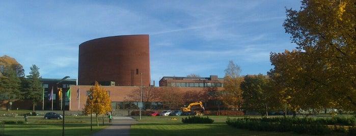 Kanditalo (TKK:n päärakennus) is one of Alvar Aalto.