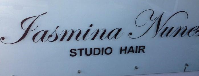 Iasmina Nunes Studio Hair is one of Cuidados Pessoais.