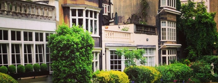 The Goring Hotel is one of Favourite Hotels.