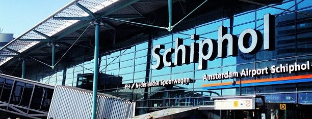Amsterdam Airport Schiphol (AMS) is one of Flyplass Wifi.