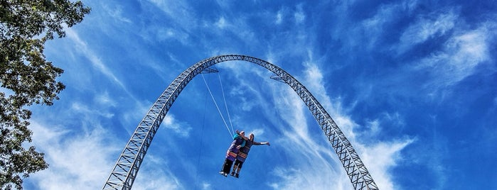 Dare Devil Dive is one of Favorite Arts & Entertainment.